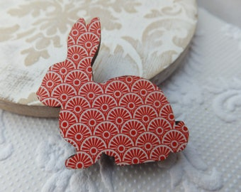 Red and White Concentric Circle Print Wooden Rabbit Brooch