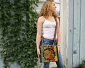 Upcycled vintage carpet bag crossbody purse bag// emmevielle