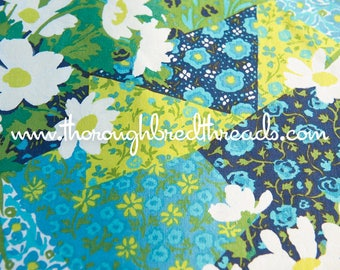 Daisy Patchwork - Vintage Fabric Multi-Colored Cheater Look 60s 70s
