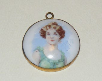 Antique Portrait Pendant Beautiful Edwardian Lady