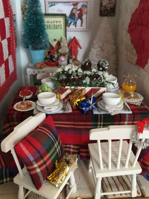 Miniature Christmas Plaid Tablescape, Table and Chairs -1:12 scale