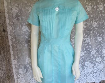 Vtg 1940s womens Mint Green nylon Rear Zip up uniform dress  / service dress / nurse dress / Waitress /  Halloween costume