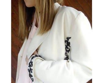 20% off SUMMER SALE. . . Embellished Ivory White Blazer Jacket - Vintage 80s/90s - M