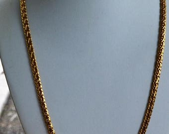 "On sale Lovely Vintage Gold tone Woven Chain Necklace, 24"", ""LC"", Liz Claiborne (AG1)"