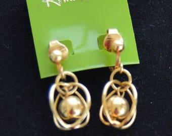 ON SALE Pretty Vintage Gold tone Dangle Clip Earrings