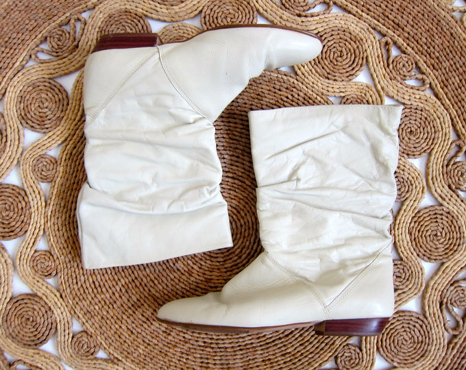 White Leather Boots 80s Slouchy Boots Mid Calf Booties Pointy Toes Boho Vintage 1980s Womens Size 7.5