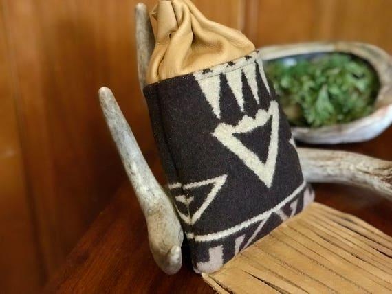 Fringed Medicine Bag XL / Cedar Bag / Possibles Bag / Drawstring Bag Wool and Leather Brown & Beige