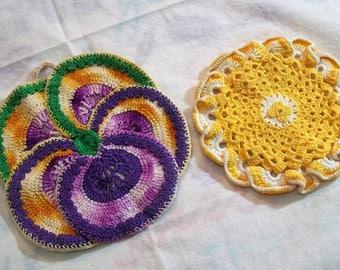 Vintage Pot Holders, Yellow White, Colorful Pot holder,  vintage kitchen, handmade vintage, Crocheted pot holders