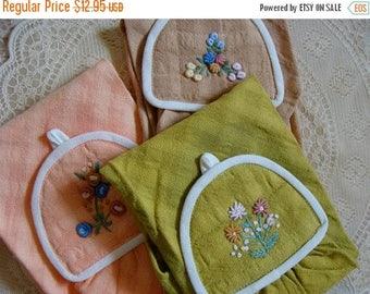 ONSALE Vintage Embroidered Linen 1940's Dish Towel Set Madmen Style
