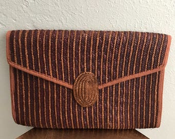 Vintage large straw flap front clutch bag with snap cloaure and small inside pocket