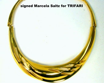 Vintage TRIFARI by Marcella Saltz Gold Neckring, Power Office Necklace, Warrior in the BoardRoom,  Very Shiny Gold Metal, 1980s