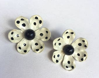 Vintage Black and Off White Flower Earrings - Clip Ons