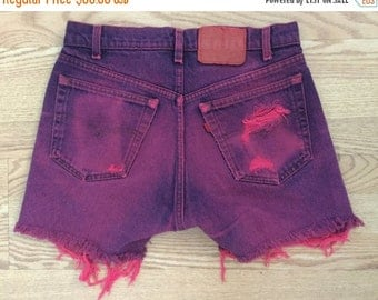40% OFF The Vintage Neon Pink Levi Shorts