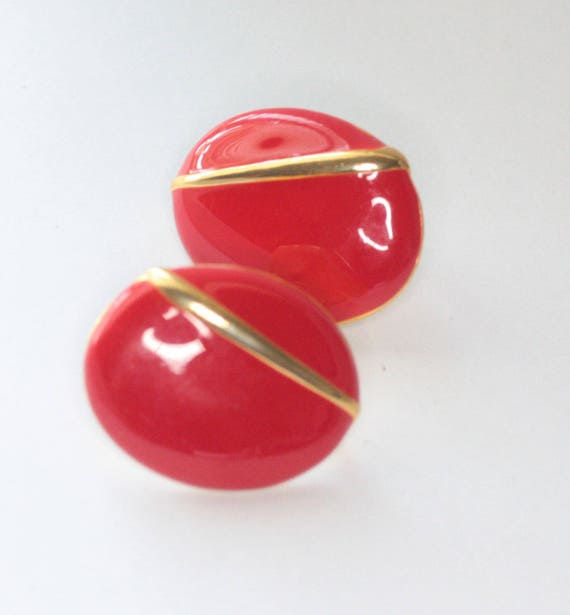 Red Enamel Earrings Gold Tone Accent Oval Shape Clip On Earrings