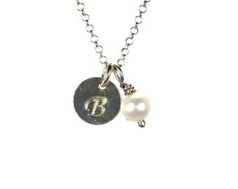 Personalized pearl necklace - hand stamped - 925 sterling silver  - Freshwater pearl jewelry - fashion jewelry