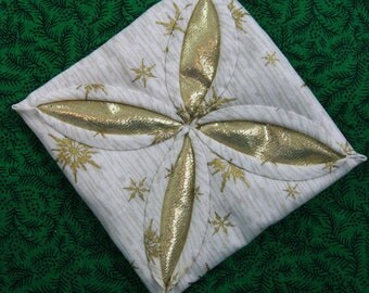 White and Gold Cathedral Window Quilted Christmas Ornament 206