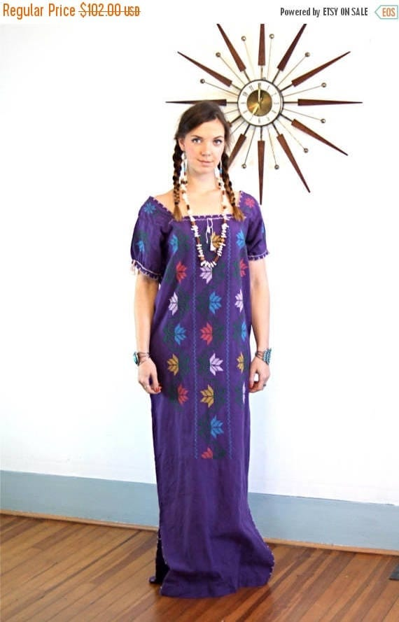 SALE 50% OFF Vintage 70s Purple Embroidered Ethnic Maxi Dress Cotton Boho Kaftan Guatemalan Floral Embroidery 1970s Long Hippie Peasant Mexi