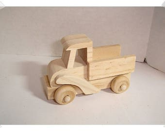 X-Small Unfinished Wood Truck /Craft Supplies*