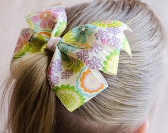 Hair Bow - Light Groovy Print Pinwheel Bow