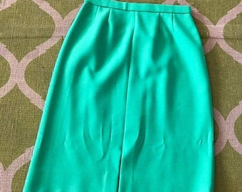 40% OFF Christmas in July Vintage Bright Green 1960's Pencil Skirt -- Size M