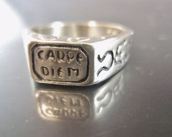 Vintage Inspirational Carpe Diem Artisan Henry II Replica Game of Thrones Sundial Unique Medieval Jewelry Band Ring Size 7.5