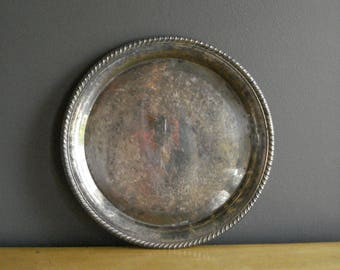 Vintage Silver Tray - Round Platter or Serving Tray - Wm A Rogers 171 Silverplate