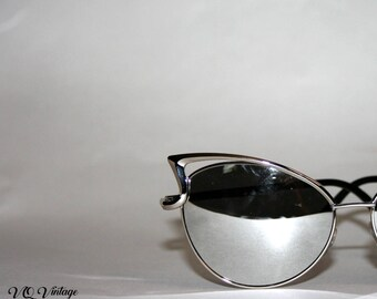 Silver Mirrored Cateye Sunglasses