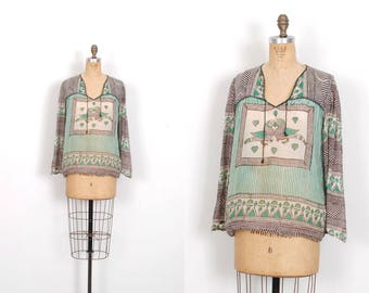 Vintage 1970s Blouse / 70s Indian Cotton Love Bird Print Blouse / Green and Black ( S M L )