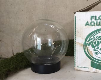 Flower aquarium | Vintage | snow Globe | garden accessory