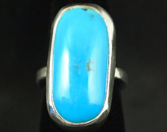 Turquoise Ring in Sterling Silver  Size 7 1/2