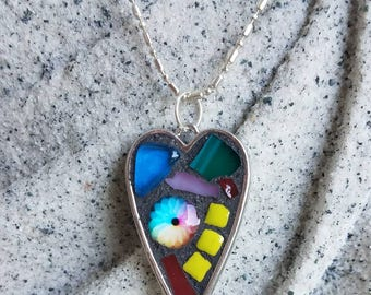 Heart mosaic pendant necklace beats just for you!