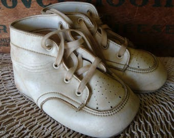 White Baby/Toddler Shoes, High Top Shoes, Vintage Shoes