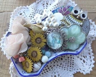 Vintage Jewelry - Shabby Chic - Garden Flower Findings - Lot - Sunflowers - Owls - Pearls - Destash - Findings Vintage - D120