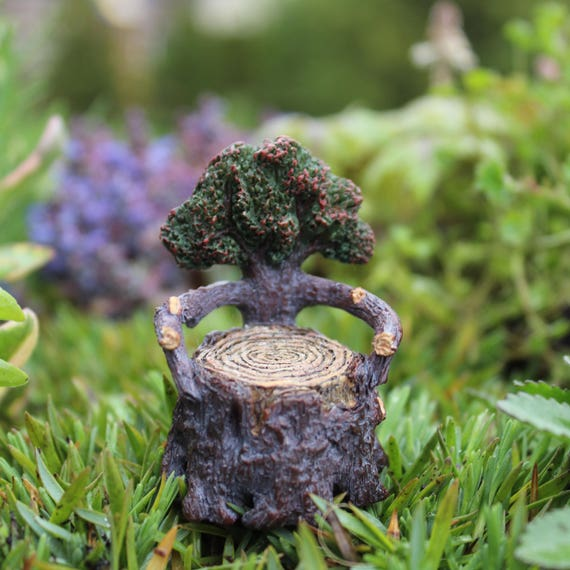 Itty Bitty Arm Chair 2.25″ Tall | 1.5″ Diameter for the Fairy Garden