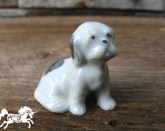 MINIATURE PORCELAIN DOG, 1.25 Inch Tall Spaniel Dogs Needs tlc Restoration, Surface Wear But No Cracks or Chips, Tiny Collectible Figurine
