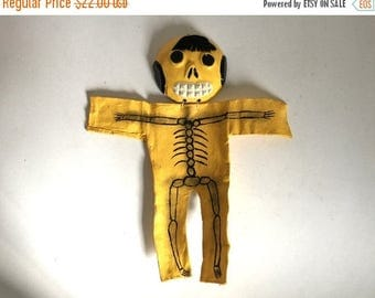 SALE - Vintage Handmade Mexican Folk Art Day of the Dead Skeleton Wall Hanging