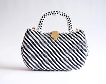 Vintage 1960s MOD straw handbag
