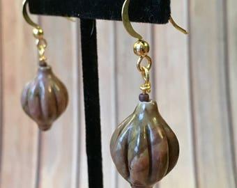 Short Stone Lantern Earrings