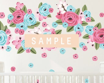 SAMPLE ** Graphic Flower Clusters in Bubble Gum