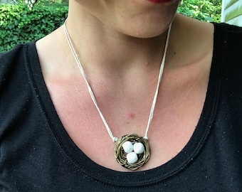Essential Oil Diffuser Nest Necklace