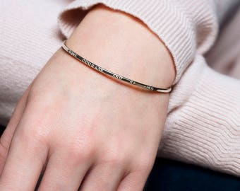 Have courage and be kind bangle, inspirational bracelet for daughter, goddaughter, inspirational bangle with words - Gracie