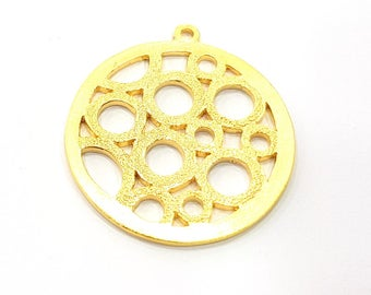 2 Textured Circles Charms Gold Plated Metal (35mm)  G11335