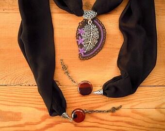 Black lariat oya necklace, needle lace leaf