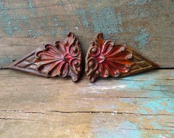 2 Vintage architectural embellishments cast iron Art Nouveau Victorian decorative ornamental curtain clips salvage Supplies