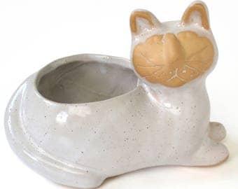 Vintage David Stewart Lion's Valley Cat Vase