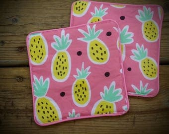 Pink and Pretty Pineapple Jar Opener, Kitchen helper, grips jar for easy opening
