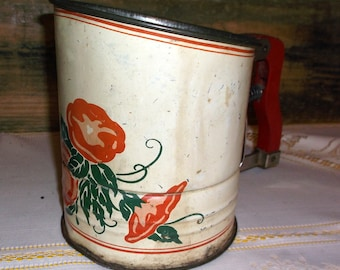 Vintage Androck Metal Sifter Hand-i-Sift Wooden Handle 3 Screen Floral design Kitchen Collectibles