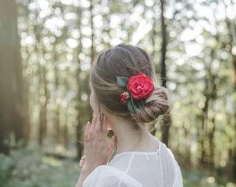 camellia flower hair clip // red / wedding flower hair clip for up-do / bridal headpiece, floral clip, garden wedding bride
