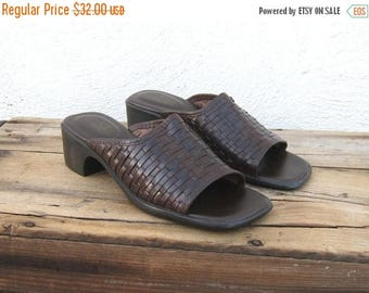20% Off Sale SALE Vintage Wove Brown Leather Slip On Mules Ladies Size 8