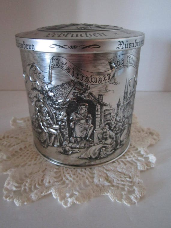 Nurnberger Lebkuchenfabrik Collectible Cookie/Candy Tin - Made in Germany - 1998